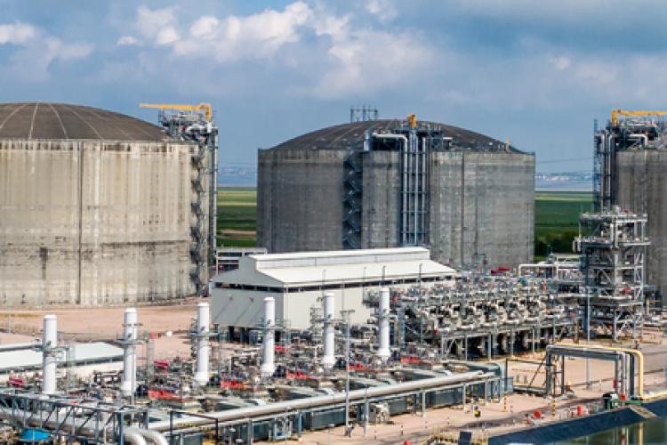 Vinci to build Grain LNG tank