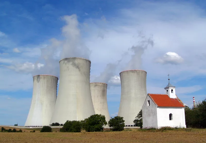 South Korea stakes out claim to build Czech Republic's $6bn reactor