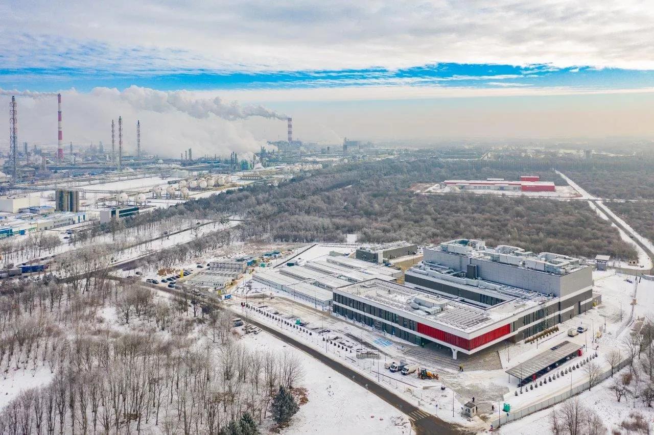 Ferrovial's Budimex completes futuristic petrochemical research centre in Poland