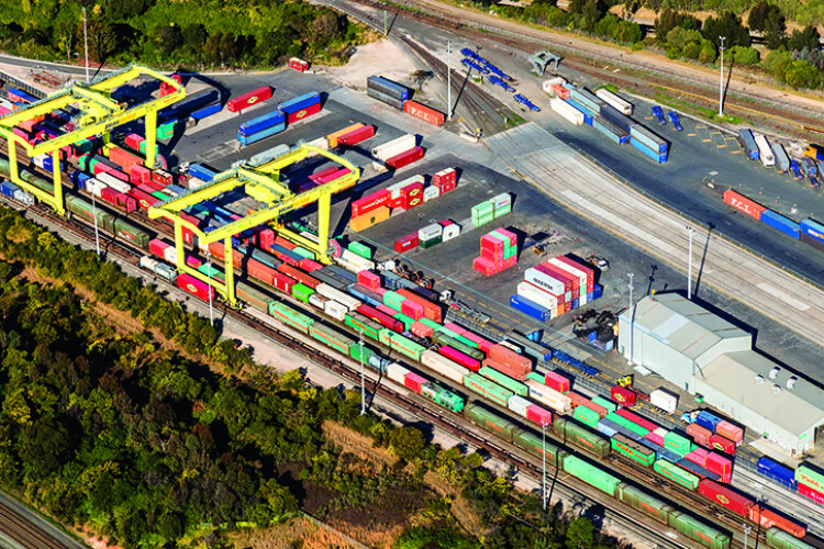 Two contracts awarded on $400m Sydney rail freight project