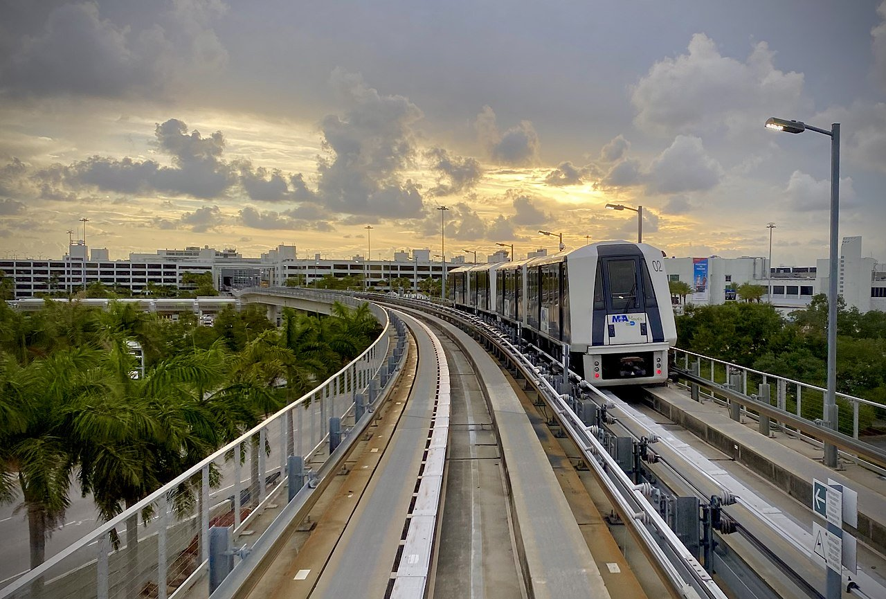 Hill wins management role in Miami-Dade's $5bn airports plan