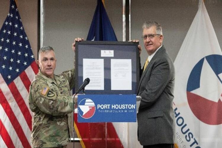 Deal clears way for billion-dollar Texas dredging scheme
